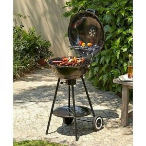 A Kettle BBQ in the Garden