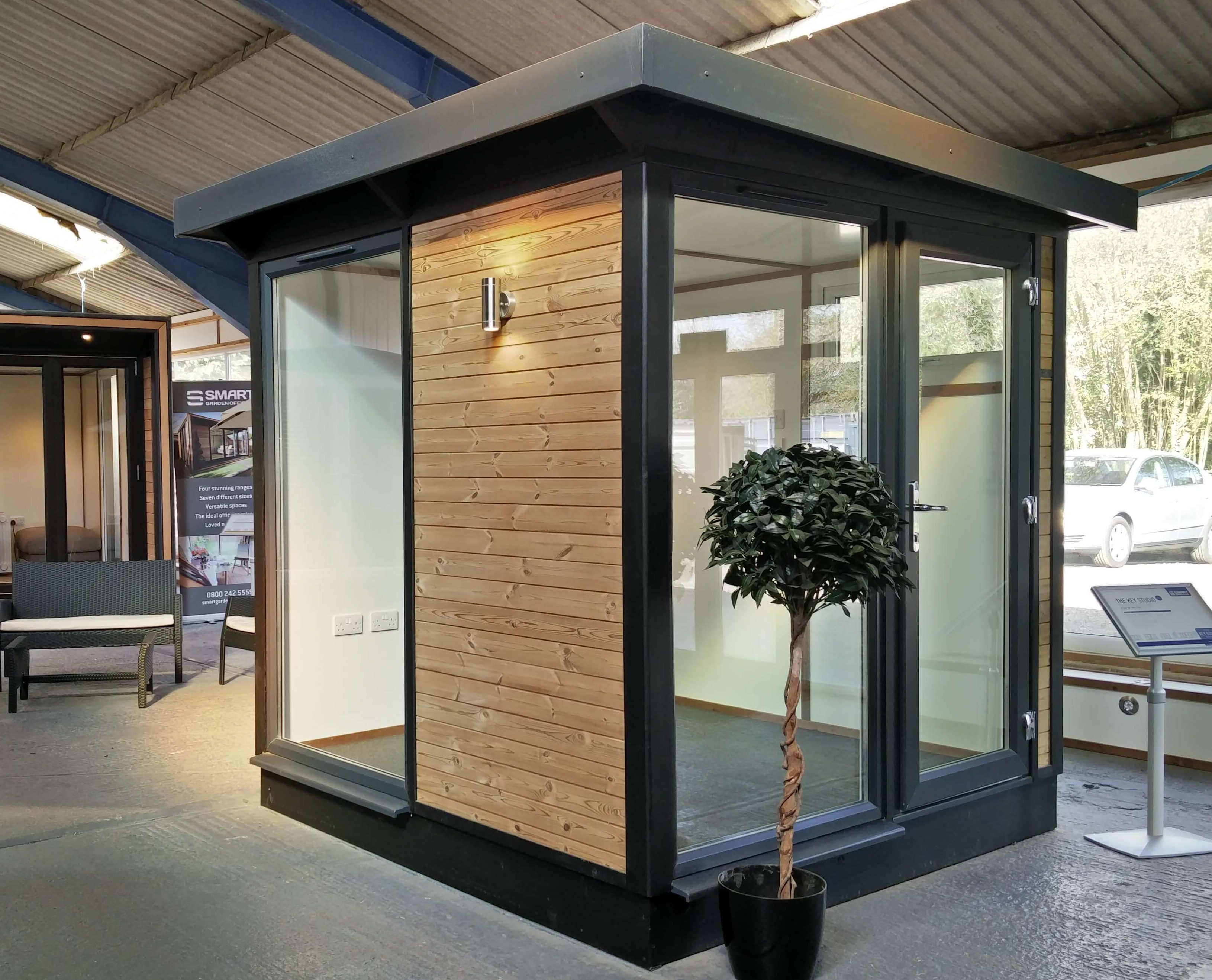 Smart Garden Office Key Studio Range