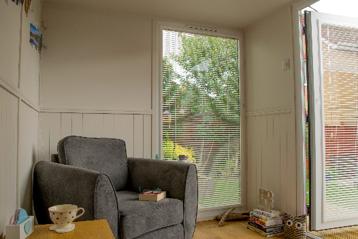Tranquil office - contemporary garden room