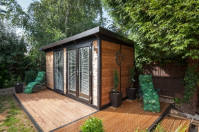 Tranquil office - beautiful garden rooms