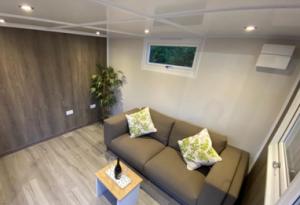 Garden office interior - beautiful garden rooms