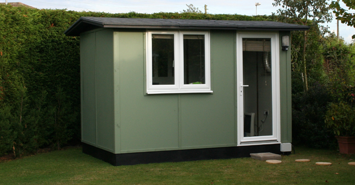solo-exterior-in-newtons-green2
